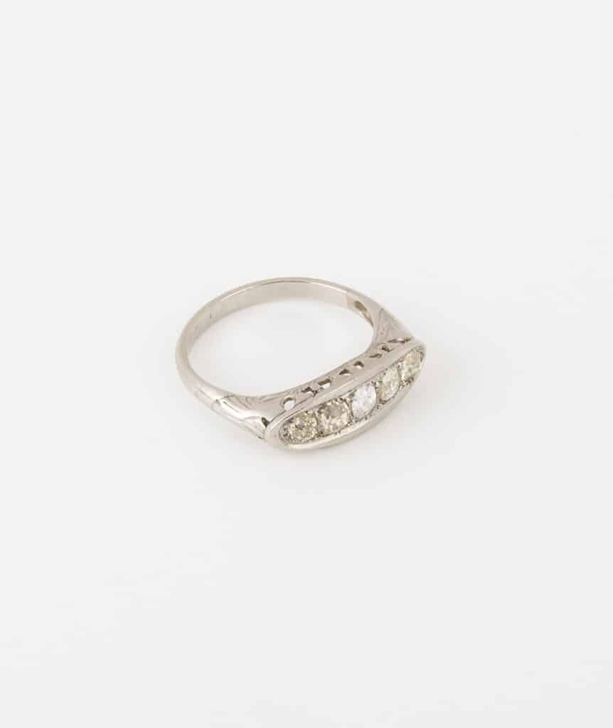Bague jarretière diamants côté 2