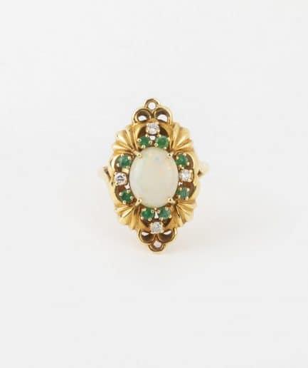 Bague ancienne opale, émeraudes et diamants Émeraude Bijoux Anciens - Caillou Paris