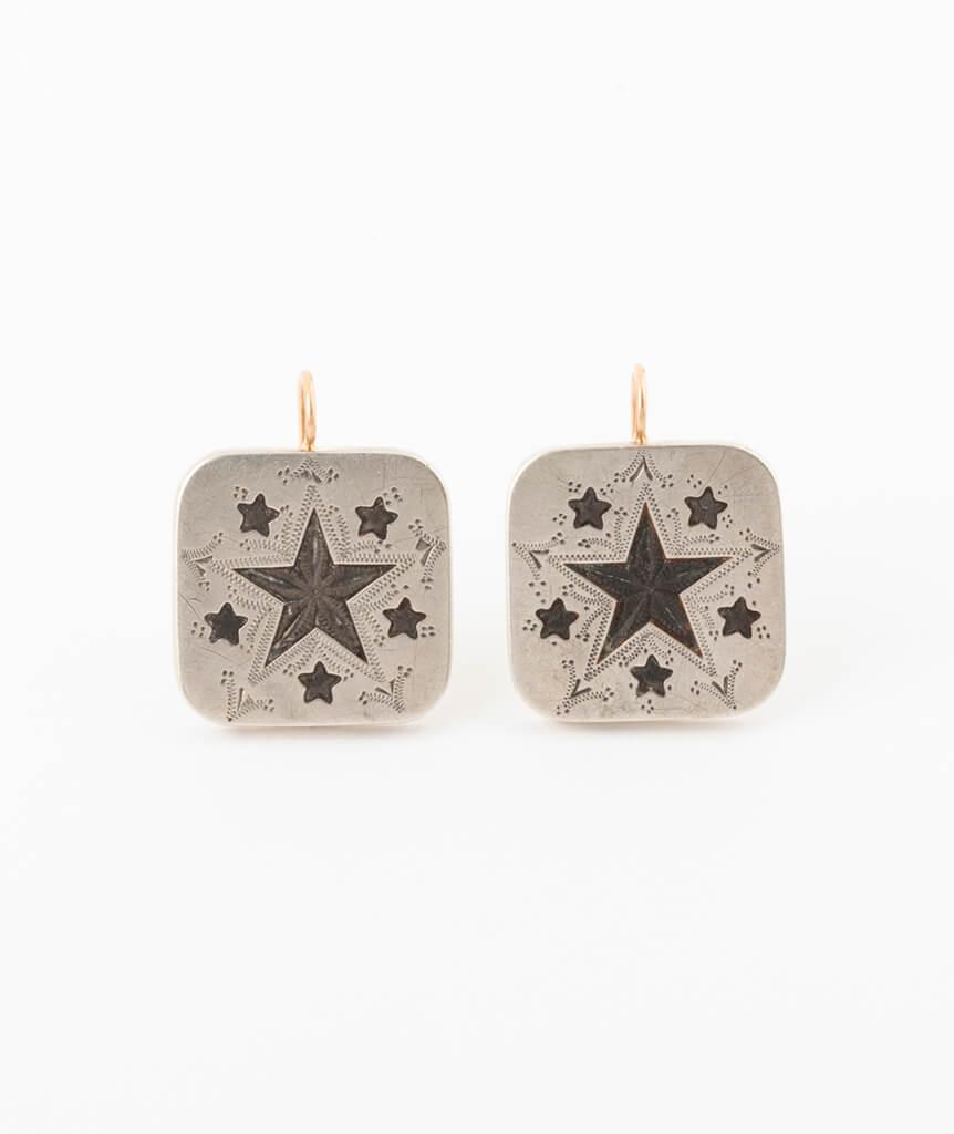 Boucles d'oreilles boutons de col