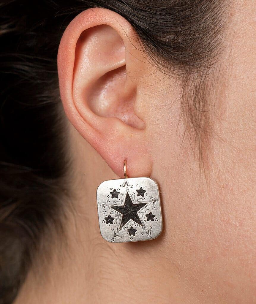 Boucles d'oreilles boutons de col porter