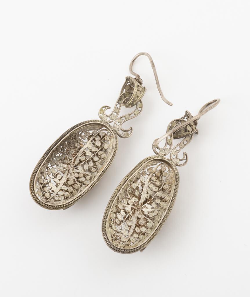 Boucles d'oreilles en filigrane d'argent dos