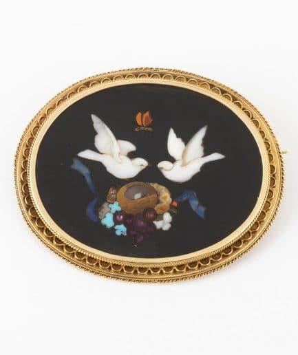 Broche Pietra dura oiseaux Broche ancienne Bijoux Anciens - Caillou Paris