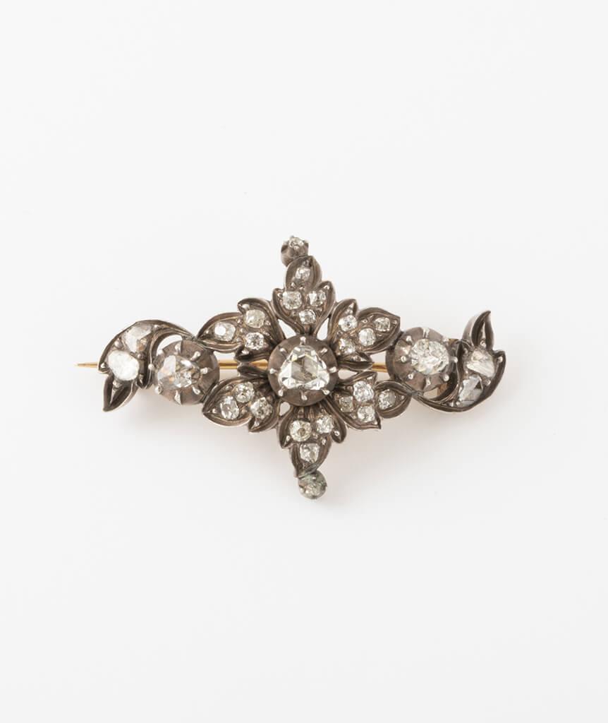 Broche porte-montre fleurs diamants