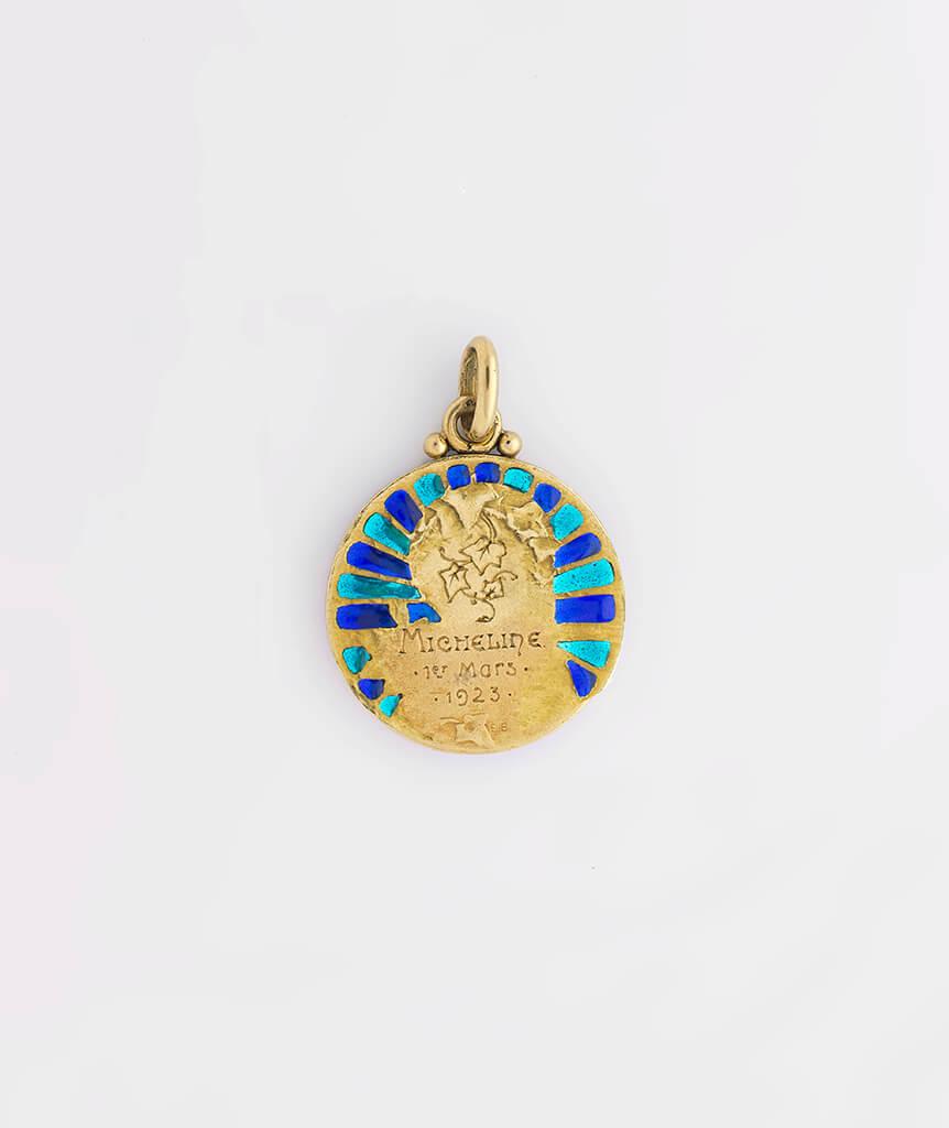 Médaille Art nouveau plique à jour dos