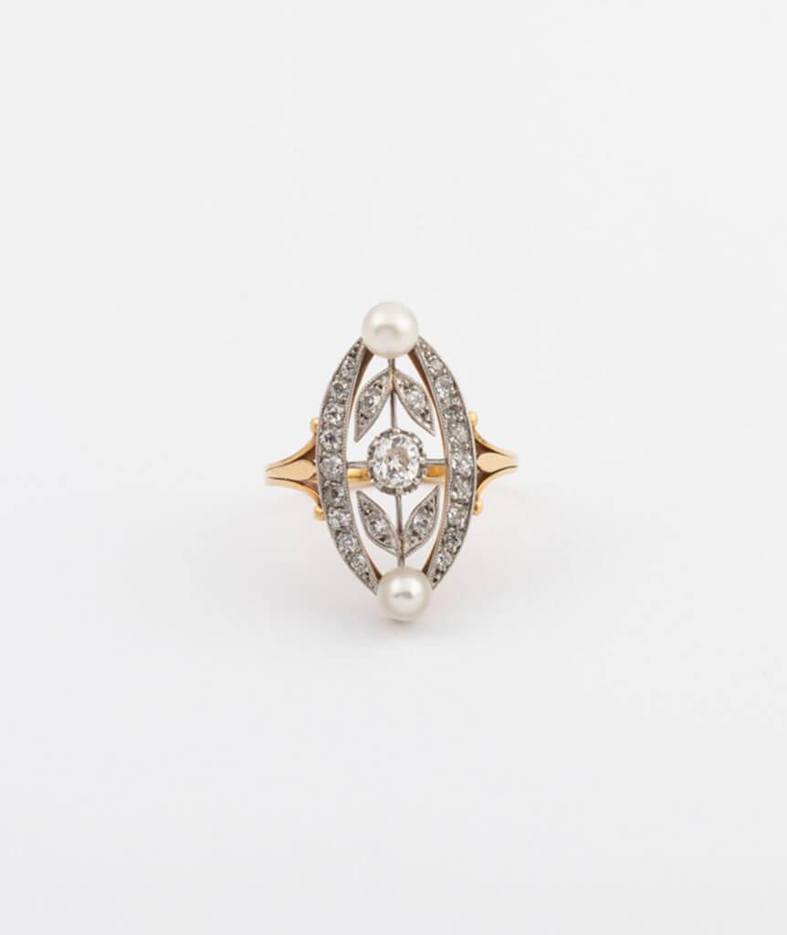 Bague marquise perles et diamants