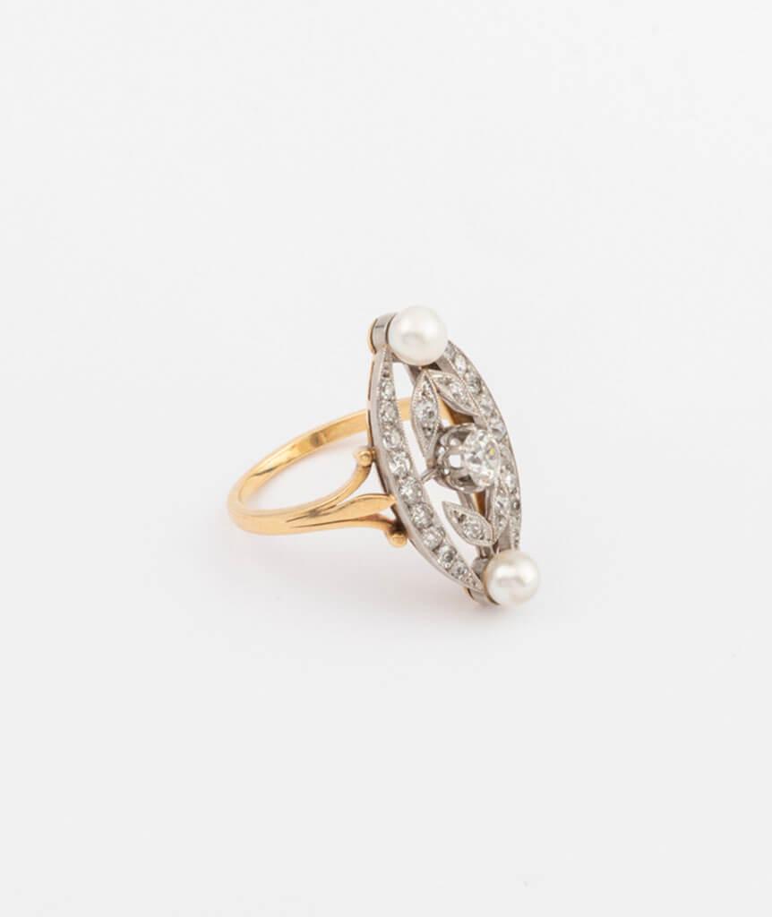 Bague marquise perles et diamants côté 2