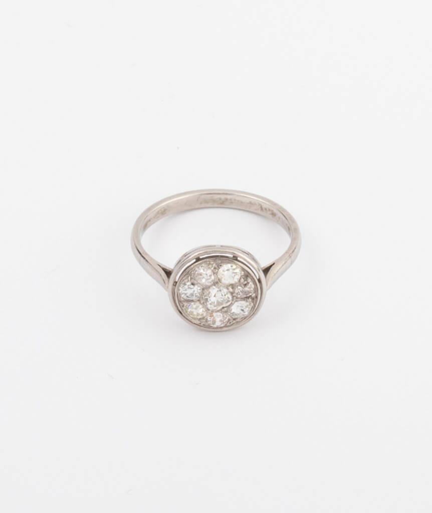 Bague en platine et diamants
