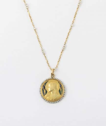 Collier et médaille Art nouveau Pendentif ancien Bijoux Anciens - Caillou Paris