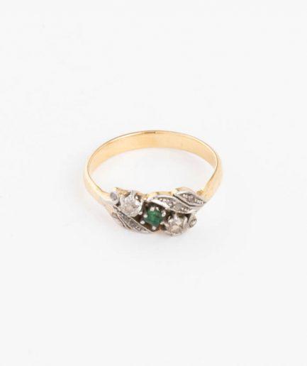 Bague ancienne motif végétal diamants et émeraudes
