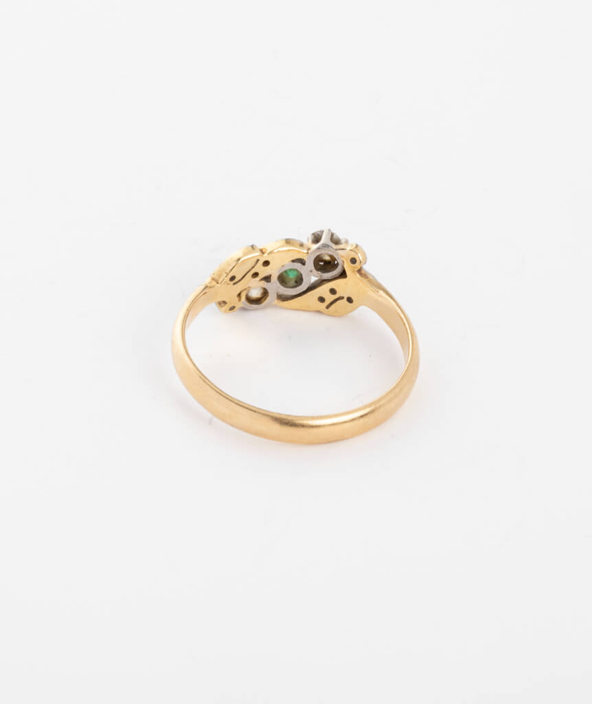 Bague ancienne motif végétal diamants et émeraudes dos