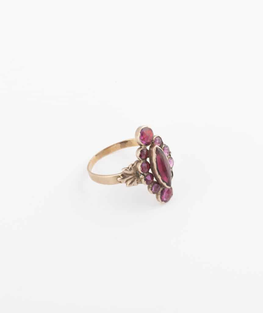 Bague marquise grenats