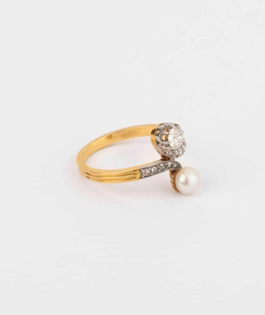 CAILLOU PARIS - bague toi et moi perle et diamants côté 2