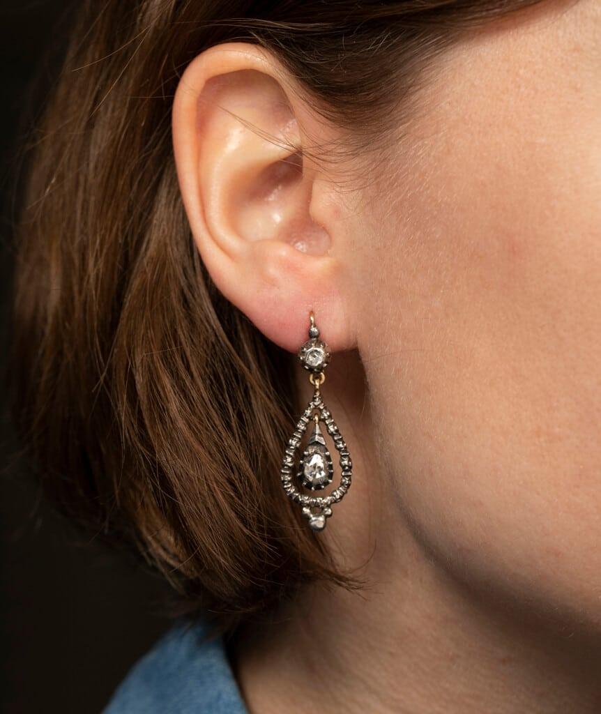 CAILLOU PARIS - boucles d'oreilles argent diamants porter