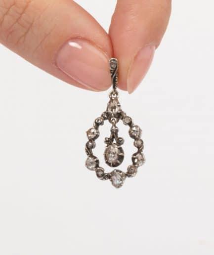 Pendentif ancien diamant porter