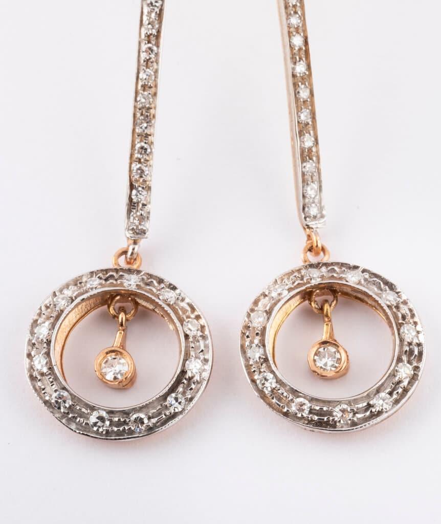 Pendants d'oreilles anciens diamants détail 2