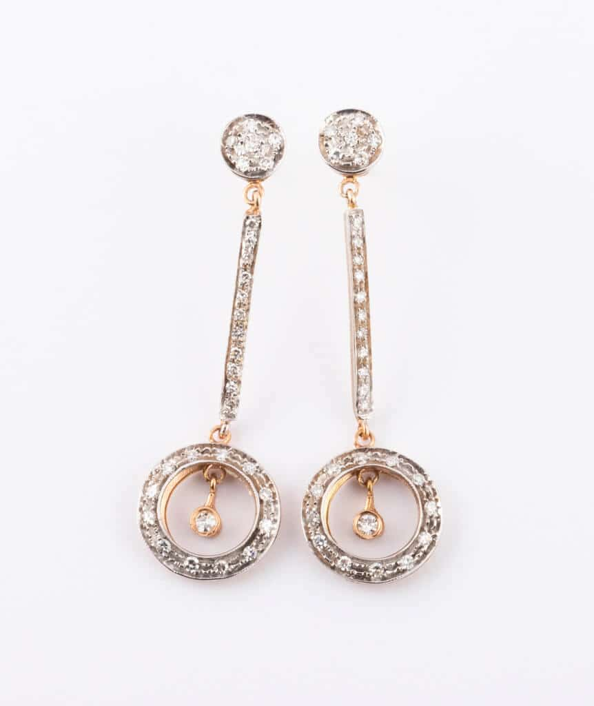 Pendants d'oreilles anciens diamants