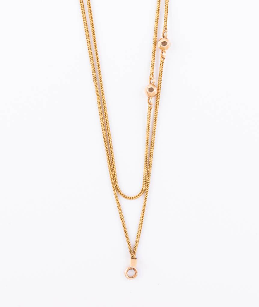 Sautoir perles d'or détail 2