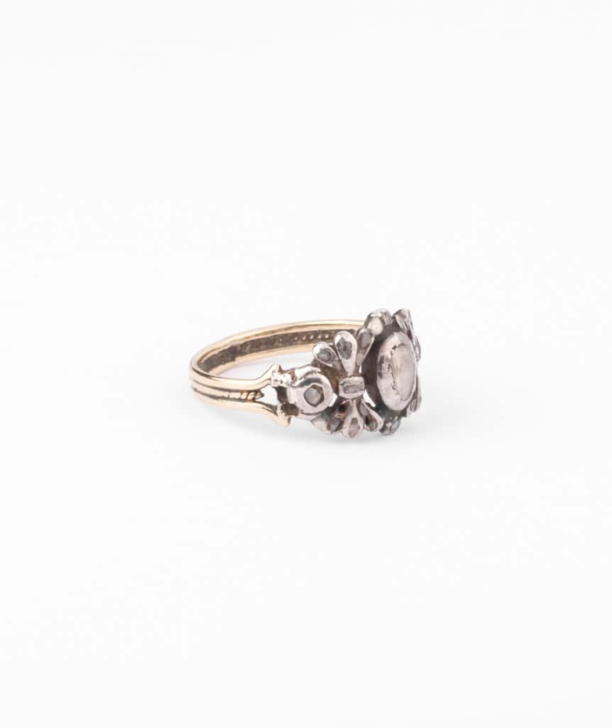 Bague ancienne diamants Pumani droite