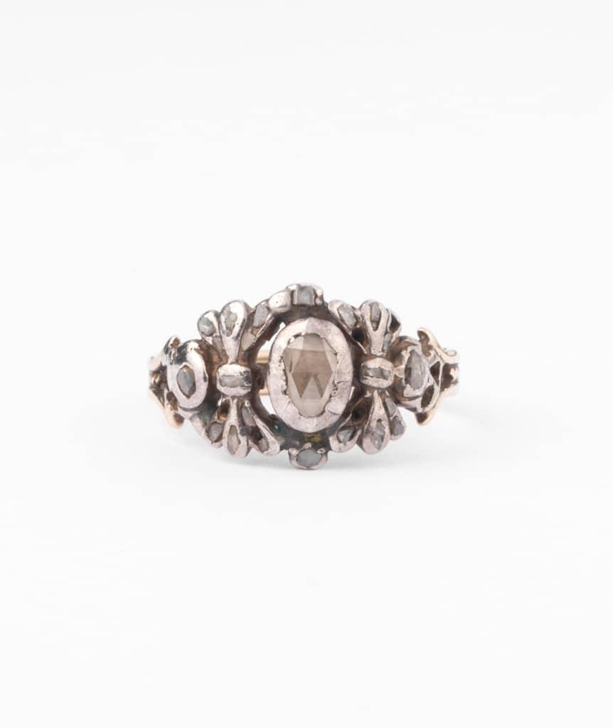 Bague ancienne diamants Pumani