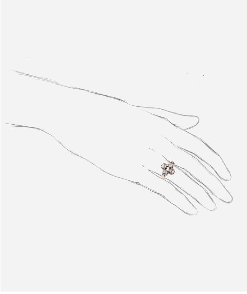 "Bague ancienne diamant ""Cadi"" porter"
