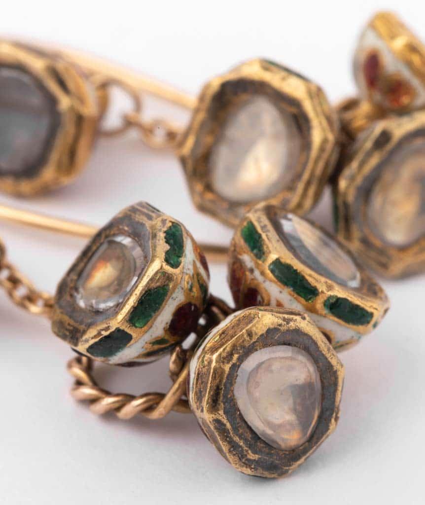 """Boucles d'oreilles anciennes diamants """"Alma"""" gros plan 3"""