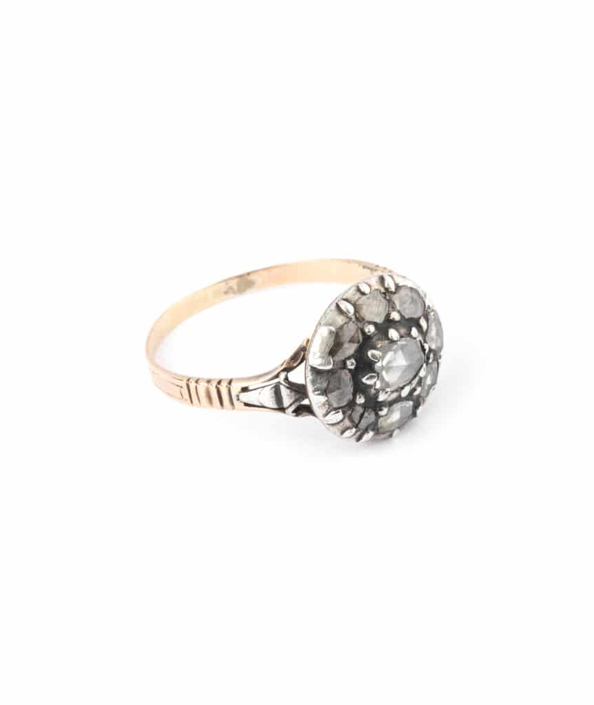 Caillou Paris - Bague ancienne diamants Aata droite