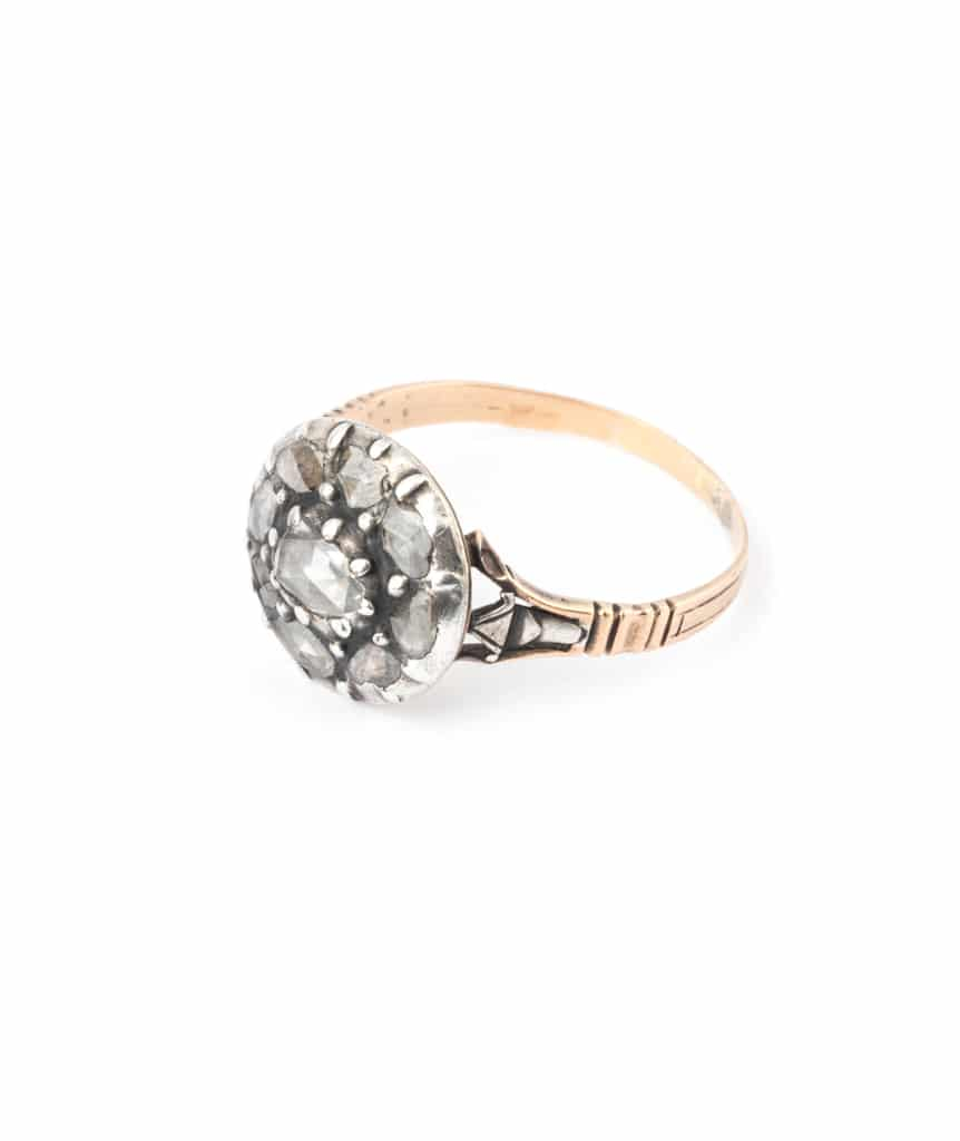 Caillou Paris - Bague ancienne diamants Aata gauche