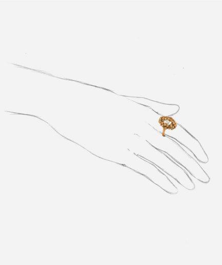Caillou Paris - Bague ancienne perle Gaia porter