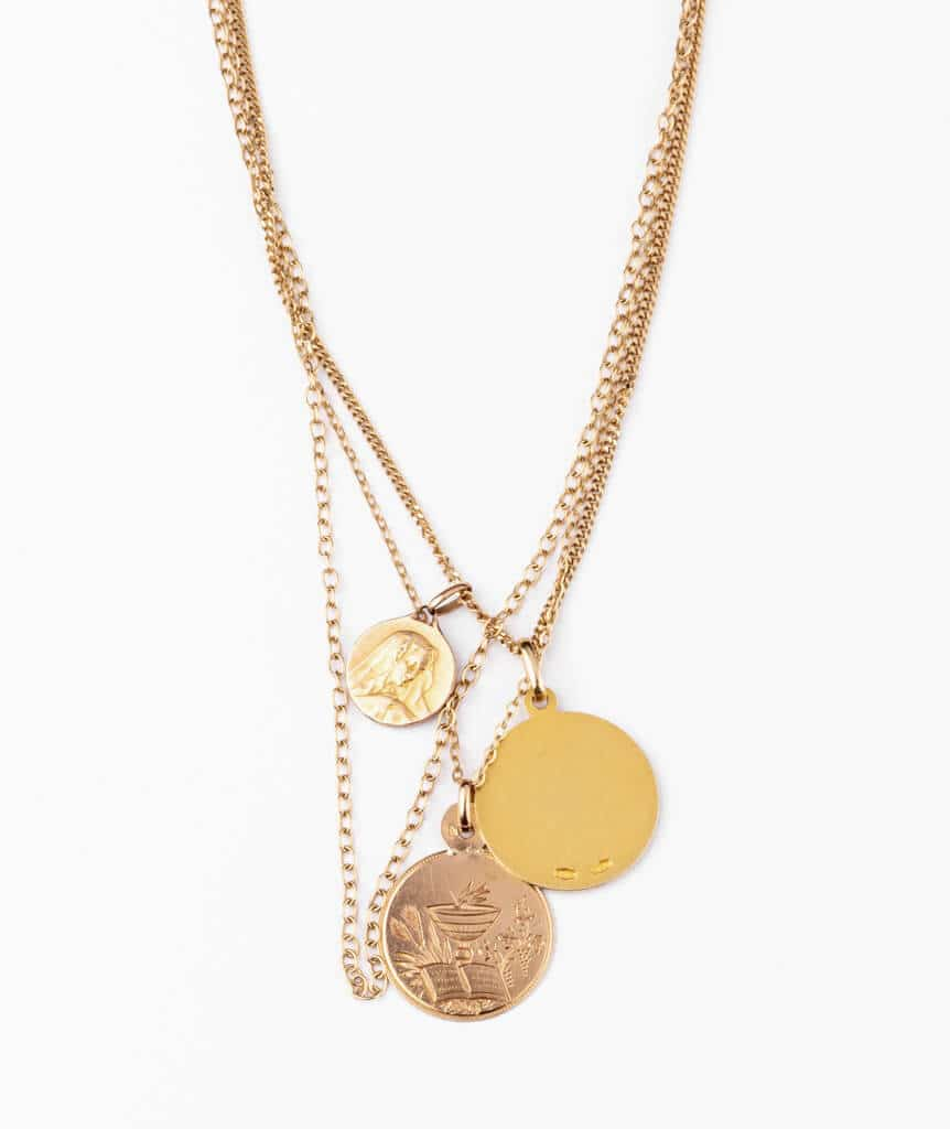 Caillou Paris - Collier ancien médailles Tilaka detail dos