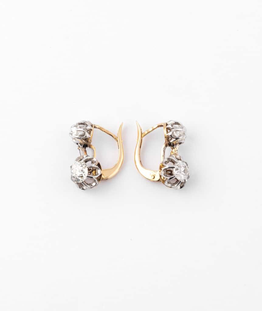 Caillou Paris - Dormeuses anciennes diamants Ruksana profil