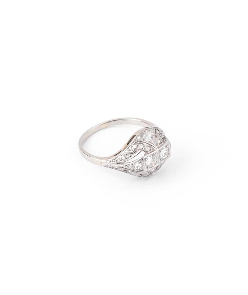 Caillou Paris - Bague Art deco diamants Premendra droite