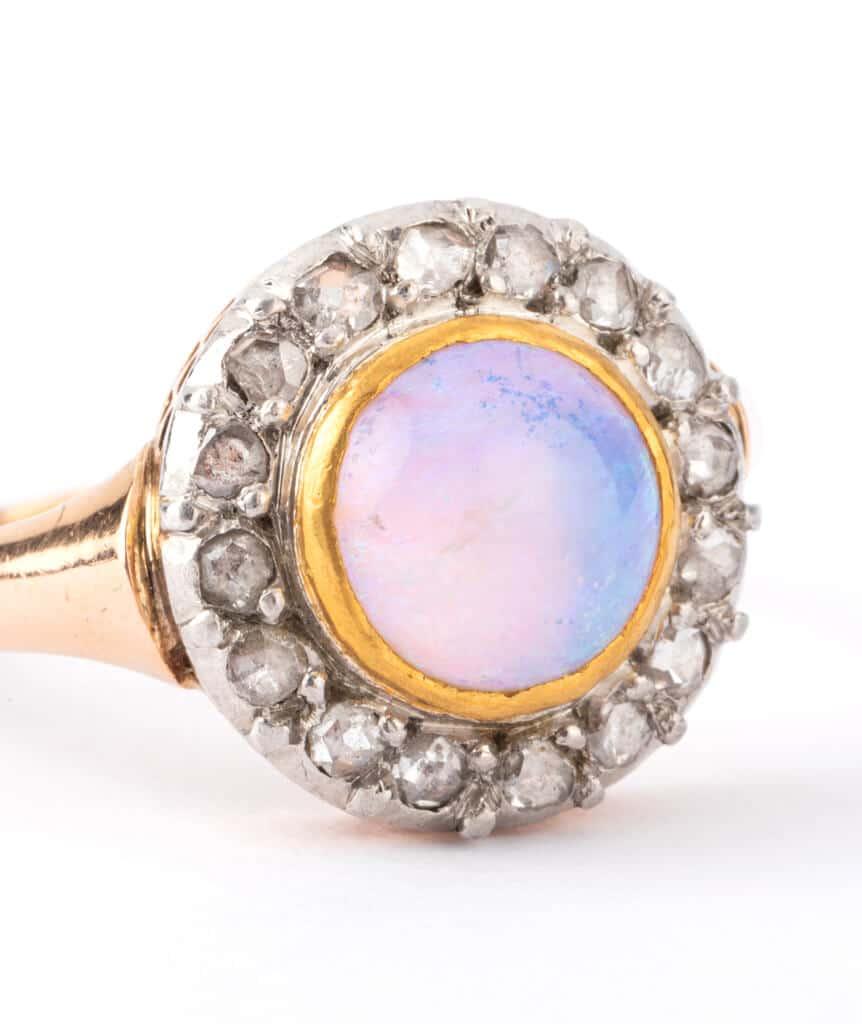 Caillou Paris - Bague ancienne opale Meriwa detail