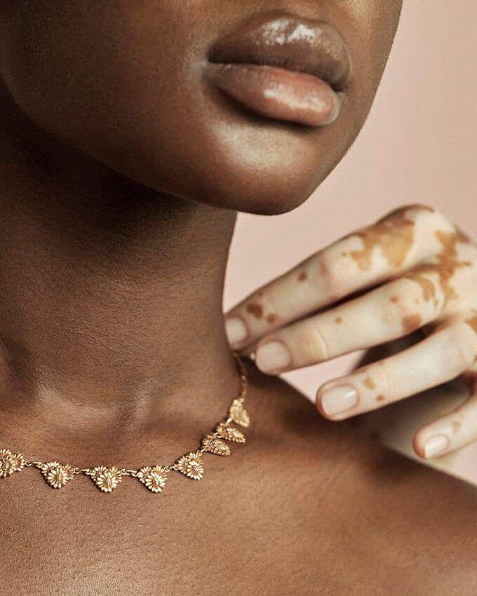 Collier Ancien en Or avec Topaze à découvrir sur le site référence de bijoux anciens : Caillou Paris